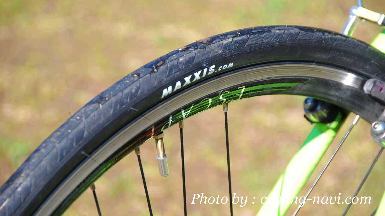 タイヤ 交換 バイク クロス